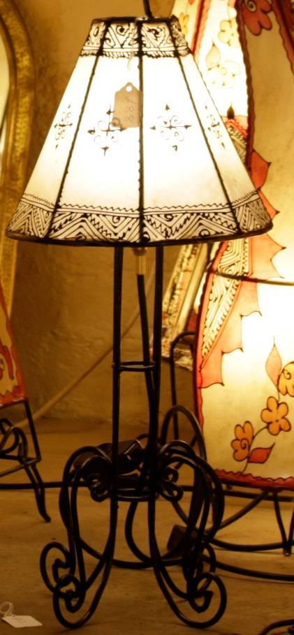 Henna Table Light, octagonal shade, natural